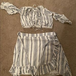 2 piece outfit! Wore once!